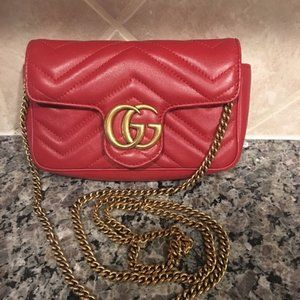 Gucci Mormont red super mini GG Flap Bag